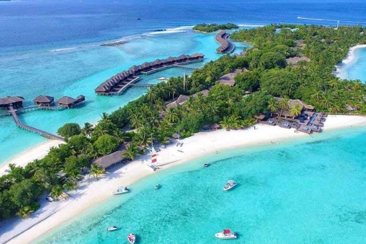 tour_packages_of_maldives-sheraton full moon resort